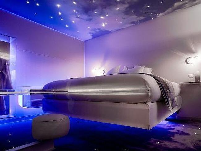 10 phòng ngủ khách sạn đẹp nhất thế giới - 6
