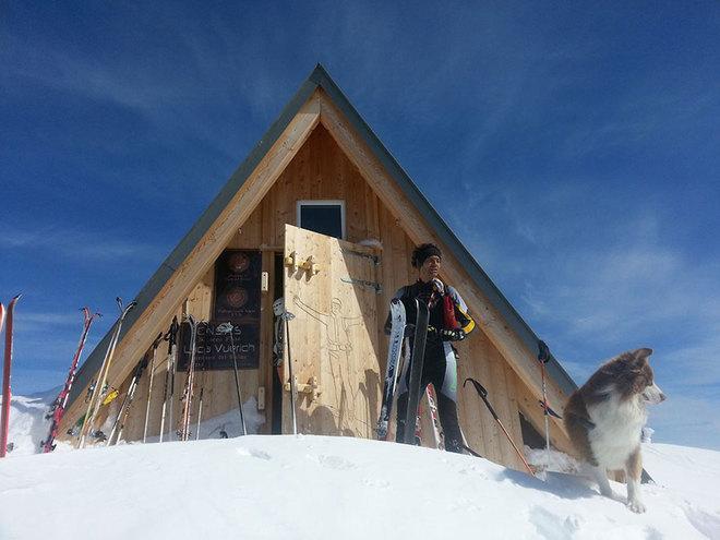 Khách sạn miễn phí chờ khách trên đỉnh núi 2500 mét - 9