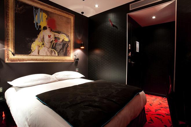 Khách sạn tội lỗi nhất paris - 5