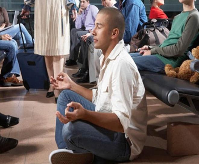 Những bức ảnh cười chảy nước mắt về hành khách tại sân bay - 10