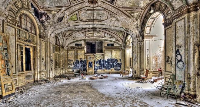 Những khách sạn lộng lẫy bị bỏ hoang - 6