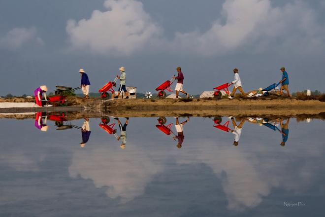 Vẻ đẹp diêm dân trên ruộng muối long điền - 5