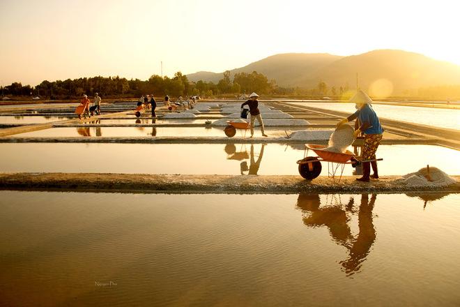 Vẻ đẹp diêm dân trên ruộng muối long điền - 7