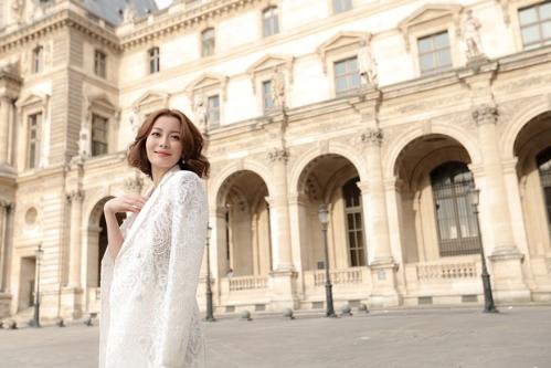 hoa hậu hải dương diện váy cúp ngực giữa paris - 4