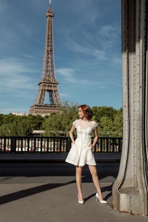 hoa hậu hải dương diện váy cúp ngực giữa paris - 5