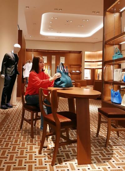 hoa hậu hải dương sành điệu với bst túi hermès birkins - 11