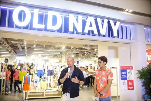 sao việt dự khai trương cửa hàng old navy - 10