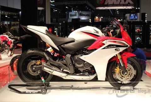 honda giới thiệu cbr600f phiên bản 2011 - 1
