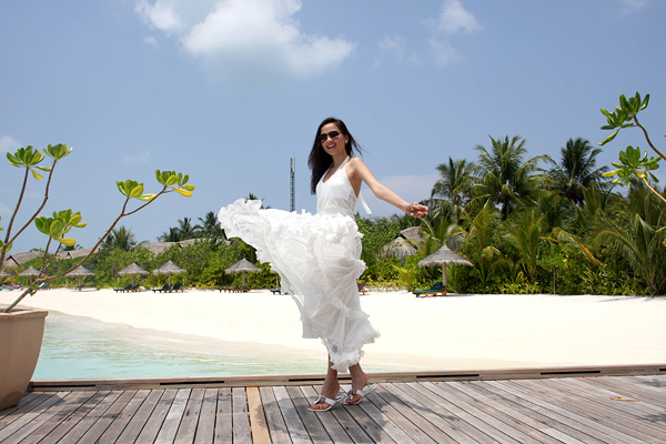 Những pha tung váy maxi đẹp xuất sắc của tăng thanh hà angela phương trinh - 9