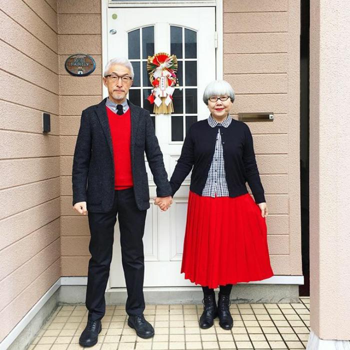 Phục sát đất với cặp vợ chồng già ngày nào cũng mặc đồ đôi suốt 37 năm - 1