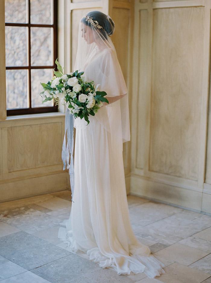 4 ý nghĩa bất ngờ thú vị của mạng che mặt cô dâu trong ngày cưới - 4
