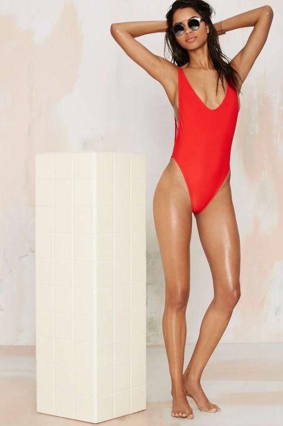 5 kiểu áo tắm hot nhất hè vóc dáng nào mặc cũng phải ưng - 1