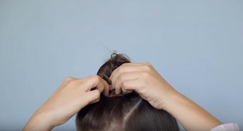 5 kiểu tóc mái vừa mát vừa sành điệu cho mùa hè nóng bức - 17