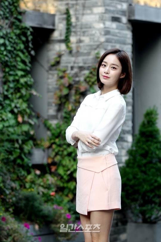 Bí quyết thời trang để kim tae hee trẻ như 18 khi đã gần 40 - 5