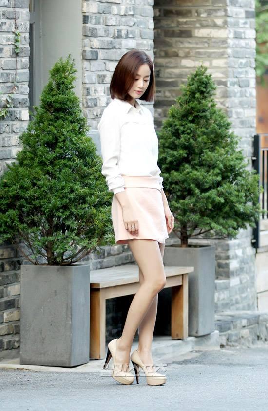 Bí quyết thời trang để kim tae hee trẻ như 18 khi đã gần 40 - 6