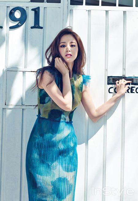 Bí quyết thời trang để kim tae hee trẻ như 18 khi đã gần 40 - 9
