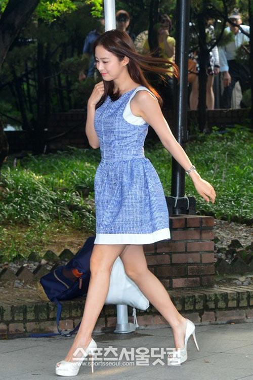 Bí quyết thời trang để kim tae hee trẻ như 18 khi đã gần 40 - 13