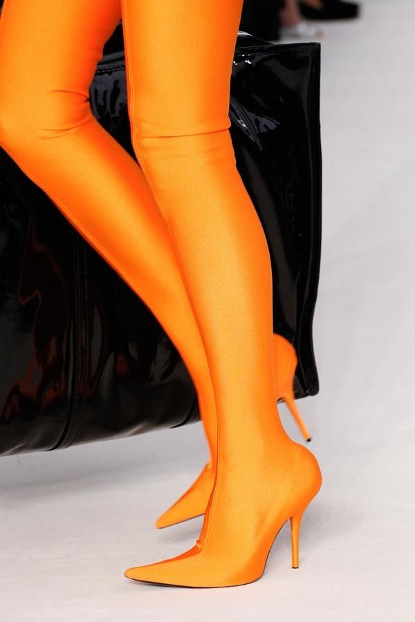 Boots liền quần sao đồng loạt lăng xê nhưng bạn có dám thử - 3