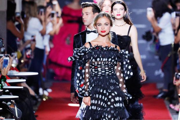 Cả công chúa cũng lên sàn vì ông lớn thời trang dolce - 7