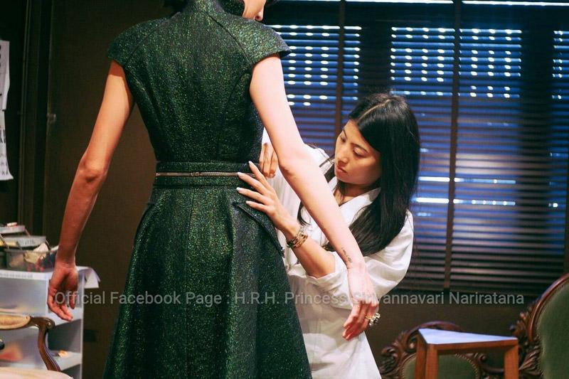 Công chúa thái lan chiều cao khiêm tốn nhưng vẫn nổi tiếng nhờ mặc đẹp xuất sắc - 15