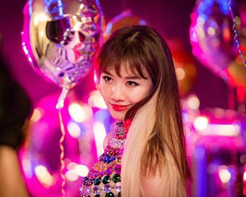 Fan thích thú với những kiểu tóc đẹp mê hồn trong mv mới của hari won - 4
