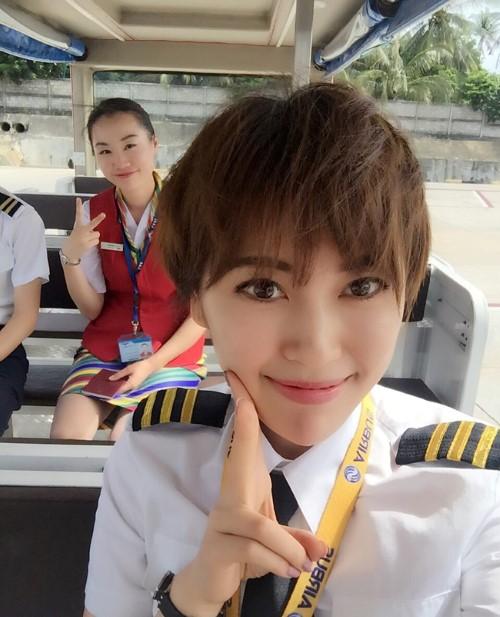 Hiếm hoi nữ phi công 9x gây sốt mạng xã hội vì tài sắc vẹn toàn - 2