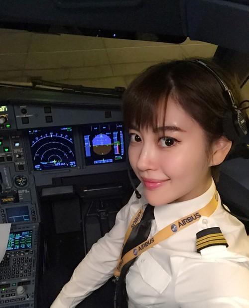 Hiếm hoi nữ phi công 9x gây sốt mạng xã hội vì tài sắc vẹn toàn - 5
