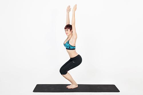 Mỡ bụng lâu năm sẽ bị triệt tận gốc với 3 động tác yoga cơ bản - 3