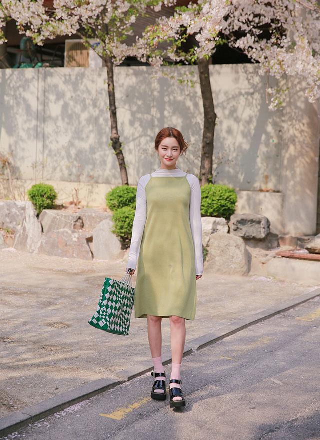 Nếu muốn nổi bần bật nhất hè thì nhanh tay sắm kiểu váy này ngay - 1