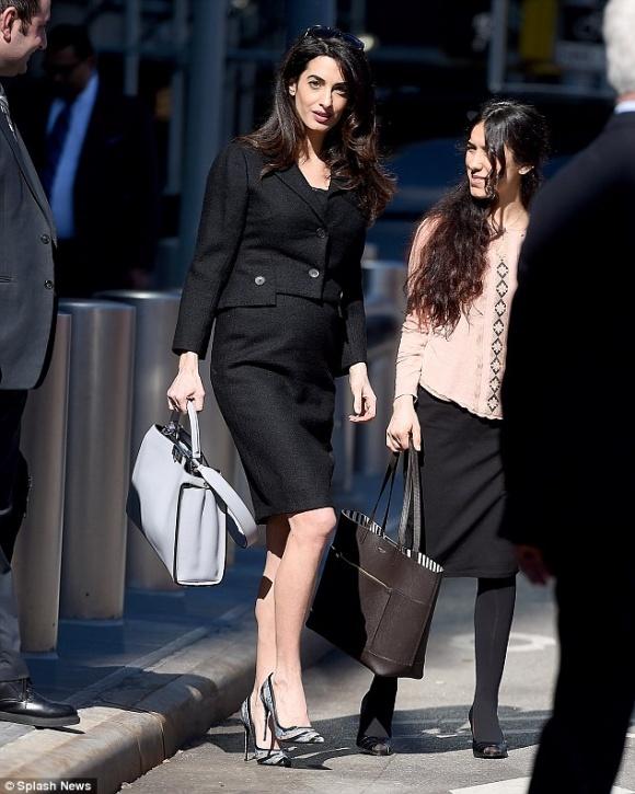 Nữ luật sư 39 tuổi mang thai đôi đang được ca ngợi là bà bầu sành điệu nhất là ai - 6