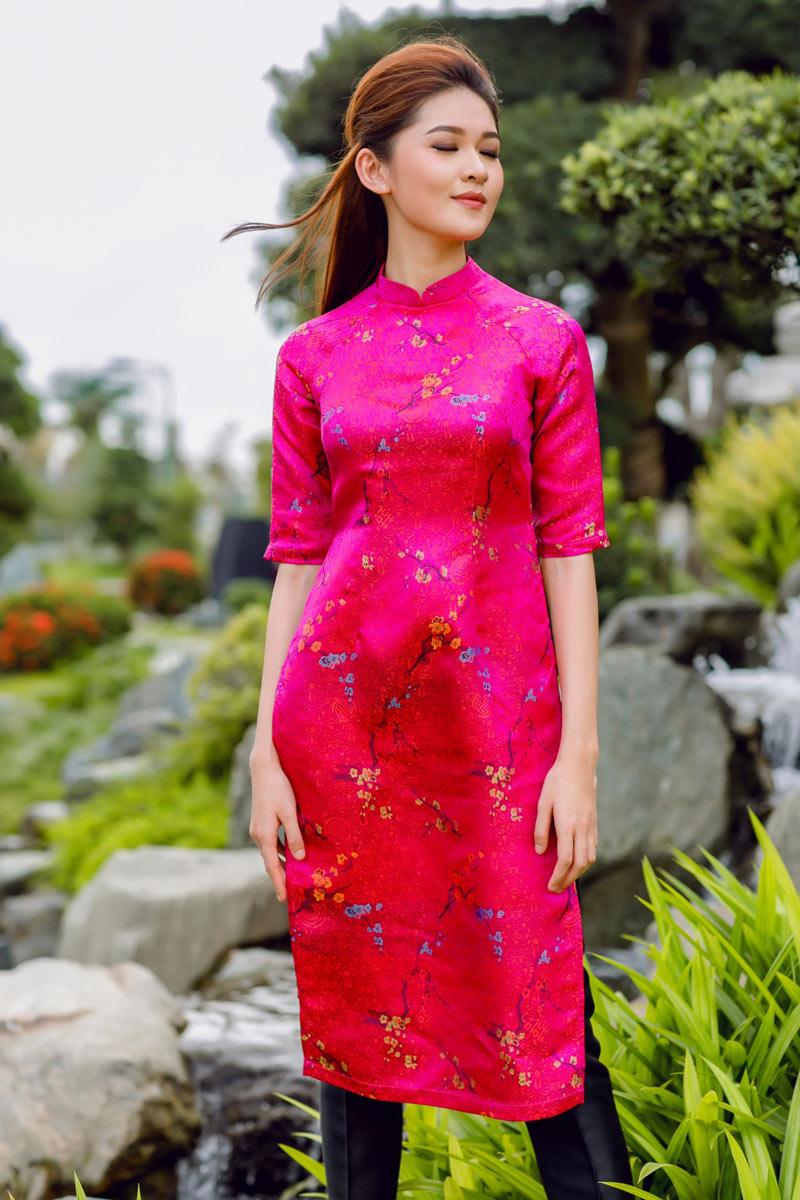 Tết đến rồi diện áo dài màu gì để sung túc và hạnh phúc cả năm như á hậu thùy dung - 3
