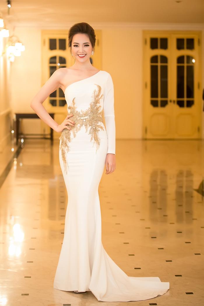 Thời trang sao đẹp tuần nữ hoàng sắc đẹp ngọc duyên tái xuất khiến fan thẫn thờ - 2