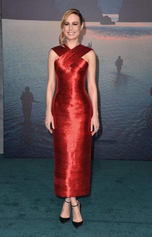Thời trang sao đẹp tuần nữ hoàng sắc đẹp ngọc duyên tái xuất khiến fan thẫn thờ - 6