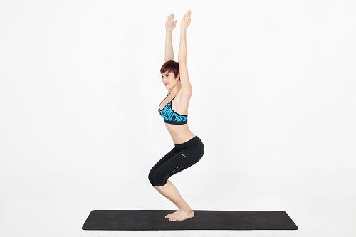 Thuộc lòng những bài tập yoga giảm mỡ bụng nhanh chóng chỉ trong vài tháng - 2