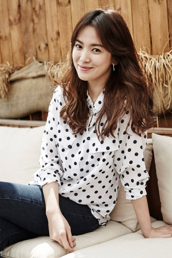 Tưởng giản dị nhưng thật ra song hye kyo cũng chơi hàng hiệu cực đỉnh - 5