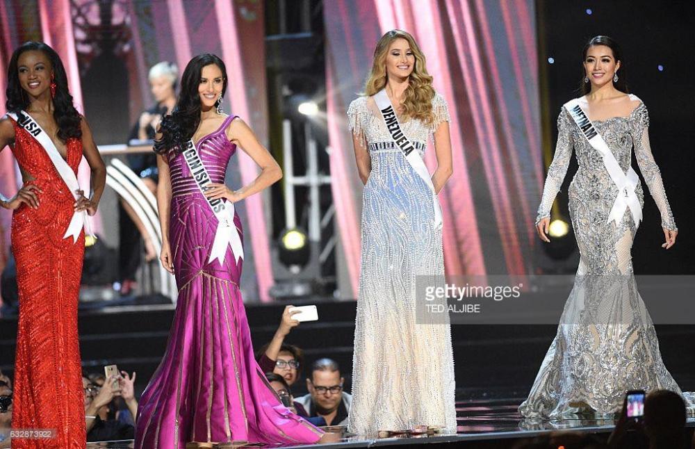 Váy dạ hội đẹp xuất sắc tin vui lại đến với lệ hằng tại miss universe 2016 - 6