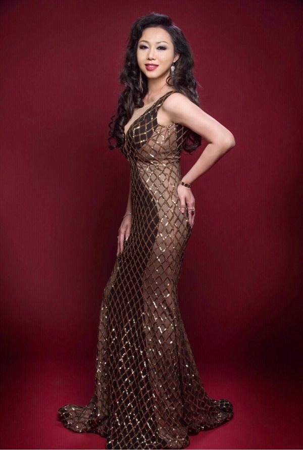 Hoa hậu doanh nhân chi đoàn khoe dáng quyến rũ kiêu sa với đầm dạ hội - 6