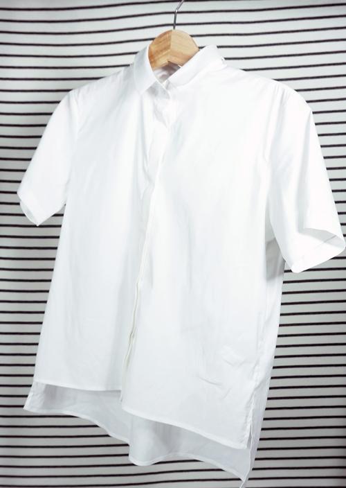 4 cách mix áo sơ mi trắng hợp với mọi vóc dáng - 1