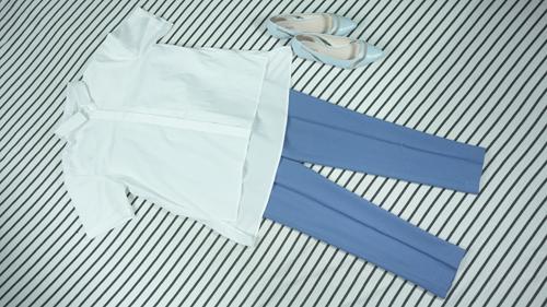 4 cách mix áo sơ mi trắng hợp với mọi vóc dáng - 4
