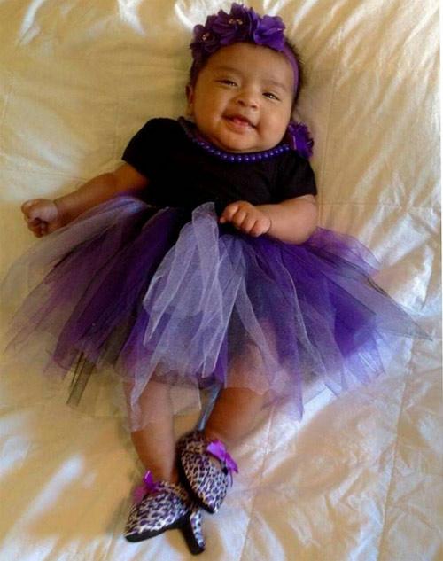Sản xuất giày cao gót cho trẻ sơ sinh hãng thời trang bị mẹ bỉm sữa lên án dữ dội - 7
