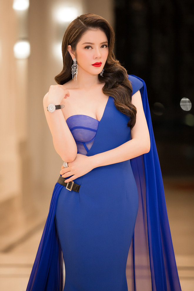Sao mặc đẹp tuần cùng diện váy xanh phạm băng băng lý nhã kỳ nổi bật khó ai bằng - 2