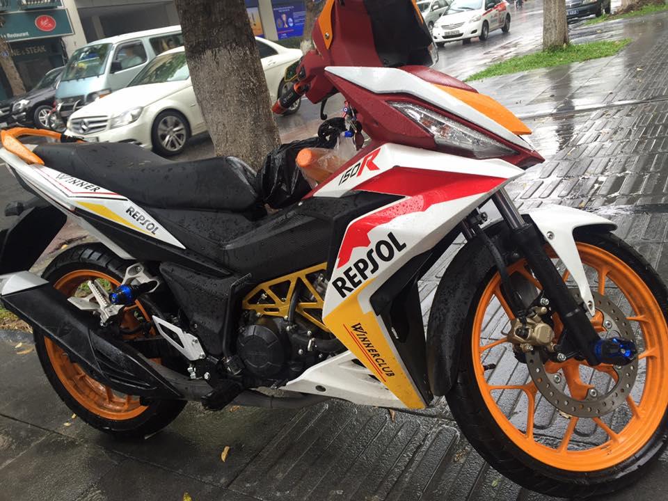 Honda winner 150 độ chất lừ với phong cách repsol - 1