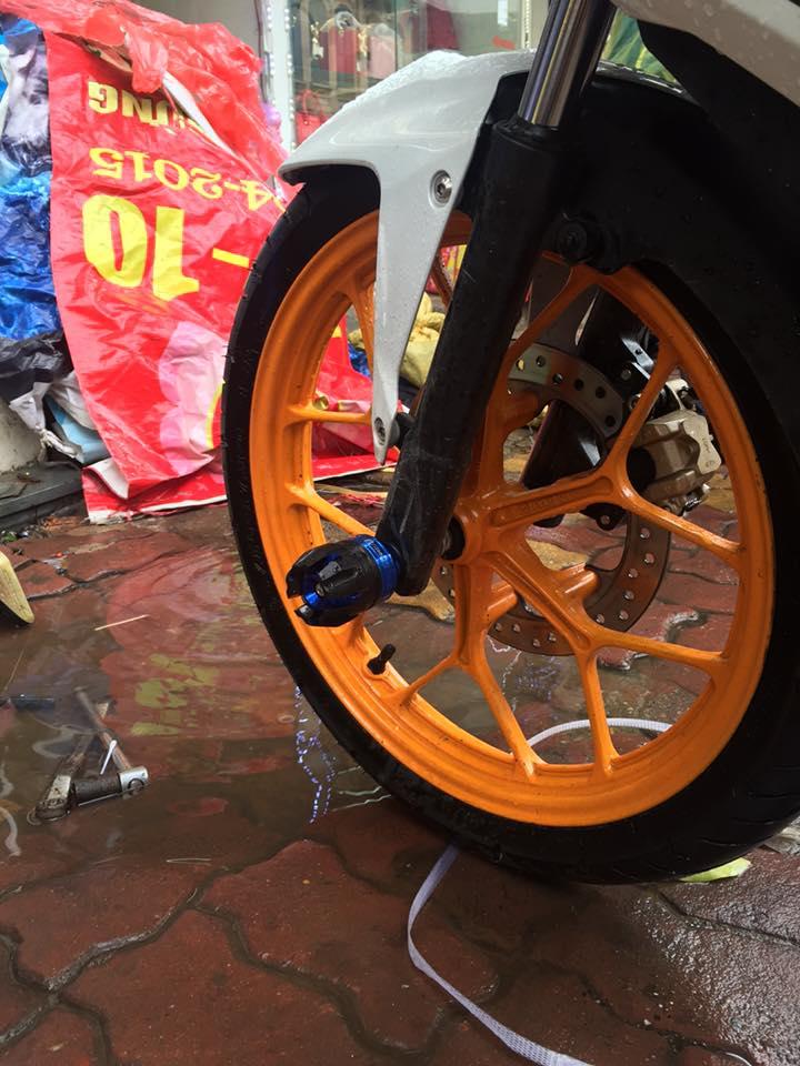 Honda winner 150 độ chất lừ với phong cách repsol - 3