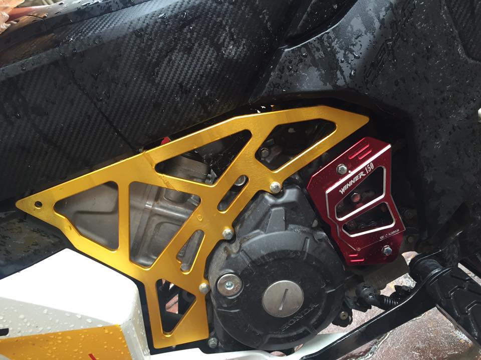 Honda winner 150 độ chất lừ với phong cách repsol - 5
