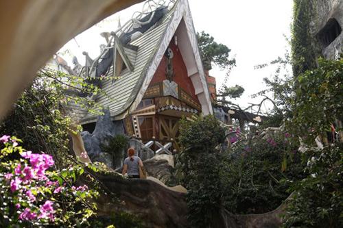 Khám phá ngôi nhà quái dị nhất đà lạt - 8
