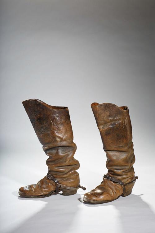 Lật lại lịch sử đôi giày cao gót của nam giới - 1