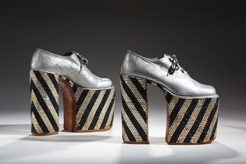 Lật lại lịch sử đôi giày cao gót của nam giới - 3