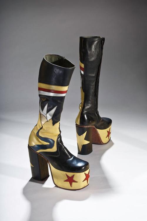 Lật lại lịch sử đôi giày cao gót của nam giới - 9