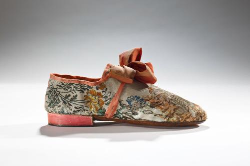 Lật lại lịch sử đôi giày cao gót của nam giới - 14