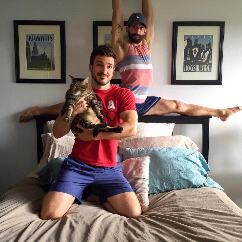 Ngẩn ngơ với 4 cặp đôi đồng tính đẹp trai xinh gái từng gây sóng gió khắp mạng xã hội - 13